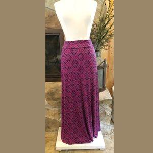Gillis Maxi Skirt L Stitch Fix Navy & Pink Geometr